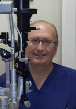 Technician at The Healing Institute helps stem cell patients